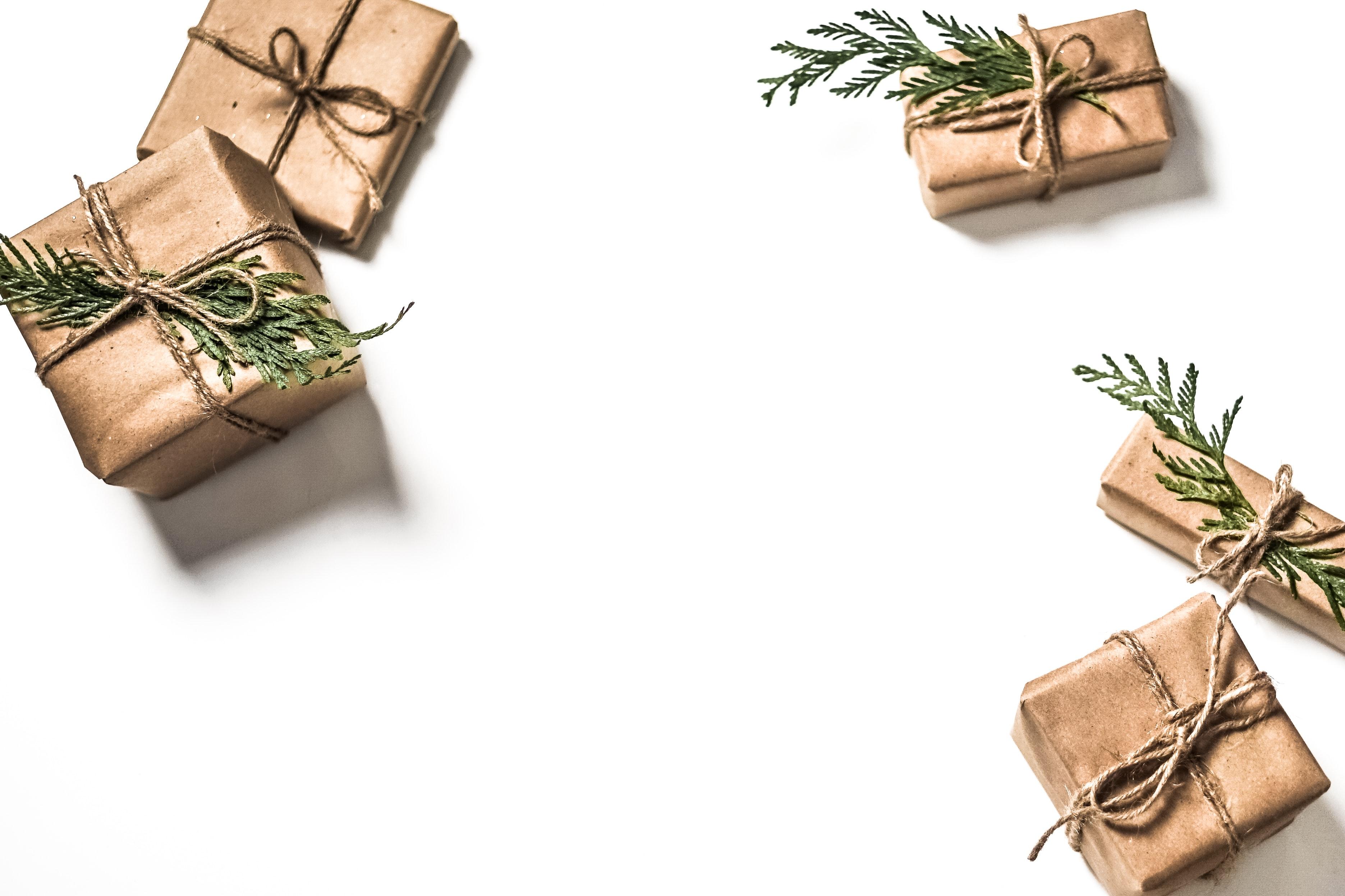 Course Image {mlang de}Weltweite Bescherung{mlang} {mlang en}Gifts Around the Globe{mlang} {mlang zh_cn}世界礼物文化大观{mlang}